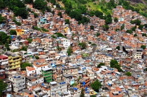 Brazil's anti-poverty plan threatened by global slump